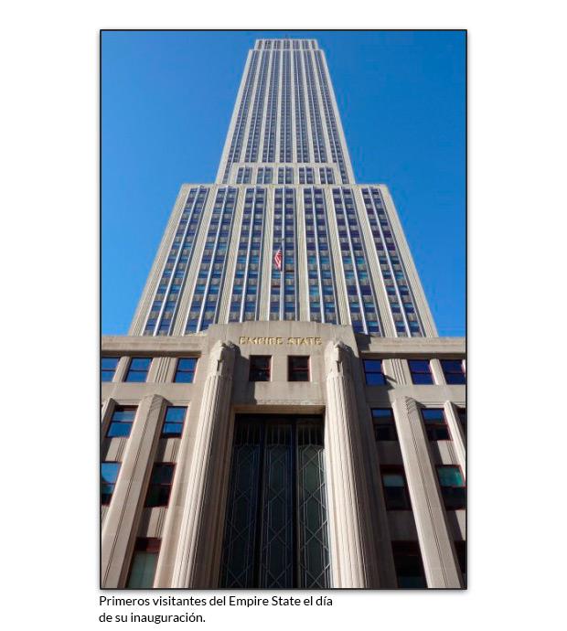 El edificio Empire State visto desde abajo