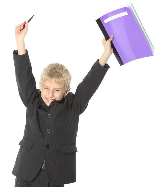 ¿Cuáles son las ventajas y los inconvenientes de llevar uniforme escolar? ¿Es bueno que todos los niños vistan siempre de la misma manera?