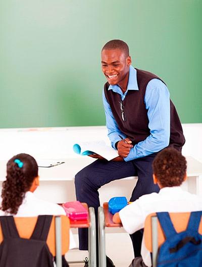 ¿Pedagogo? No, gracias. Preferimos un psicólogo - Como si la pedagogía fuera algo descafeinado.