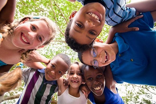 Descubre los 10 mejores chistes para niños de primaria, la mejor forma para reírnos y pasar buenos momentos .