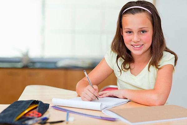 Muchas asignaturas requieren a sus alumnos ir más allá de las lecturas y escribir un comentario de texto que profundice en sus impresiones y opiniones