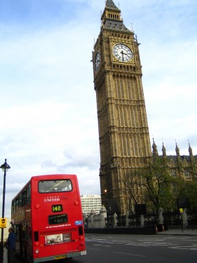Al igual que la Torre de Pisa, el Big Ben se inclina con el paso del tiempo