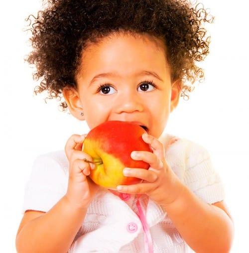 la importancia de una buena alimentación para los más pequeños