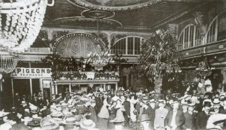 Salón del Moulin de la Galette