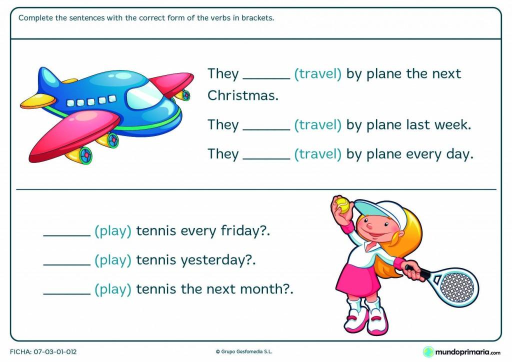 Ficha de conjugar el verbo travel y play para niños de 5º de Primaria