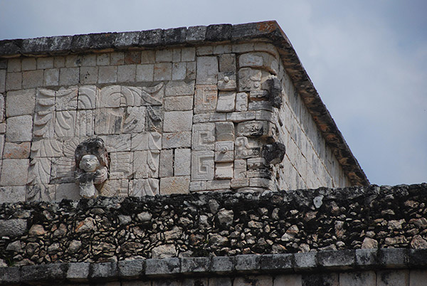 Detalle del Templo de los Guerreros kukulkán