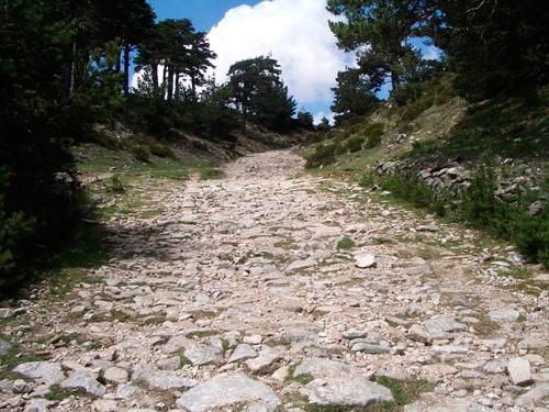 Calzada romana acueducto Segovia