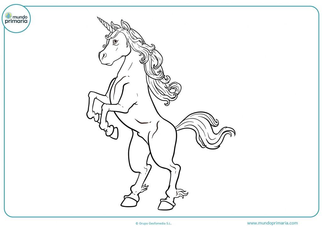 Dibujo de un unicornio con un gran cuerno para pintar
