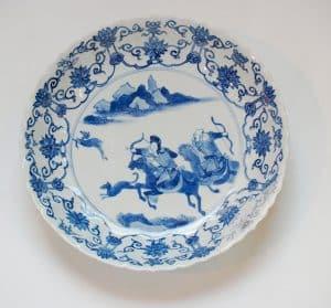 Auténtico-plato-de-porcelana-de-China-S.-XVII