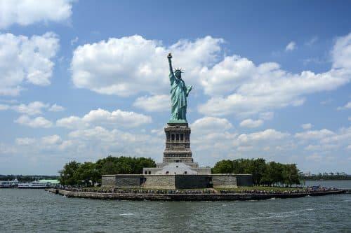 imagen de la Estatua de la Libertad en la Isla de la Libertad