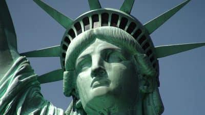 Detalle de la cabeza de la Estatua de la Libertad