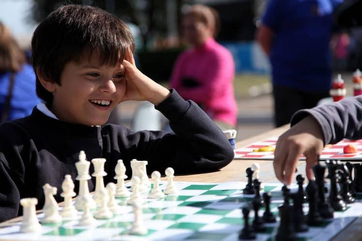 enseñar ajedrez