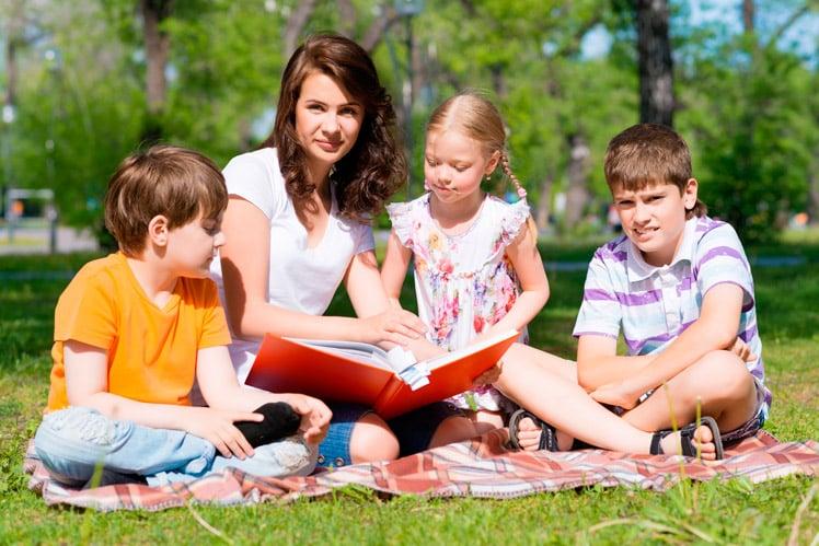 Disciplina positiva con niños en el campo